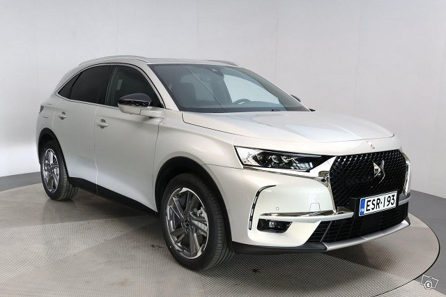 Ds 7 CROSSBACK 1