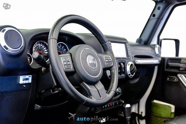 Jeep Wrangler 19
