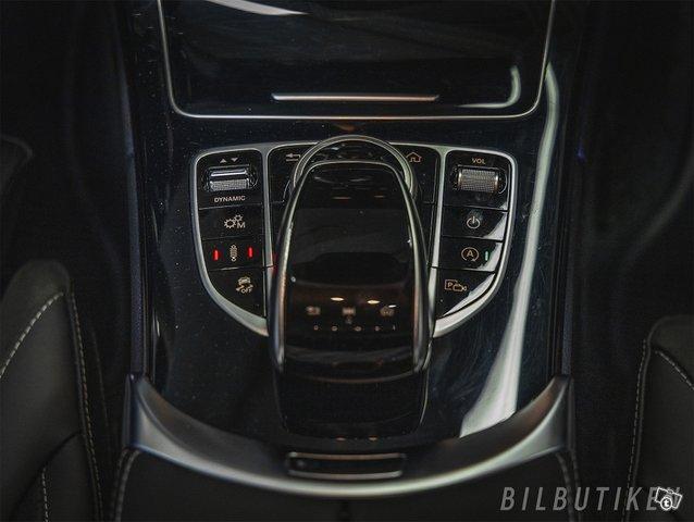Mercedes-Benz C 63 AMG 10