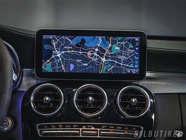 Mercedes-Benz C 63 AMG 11