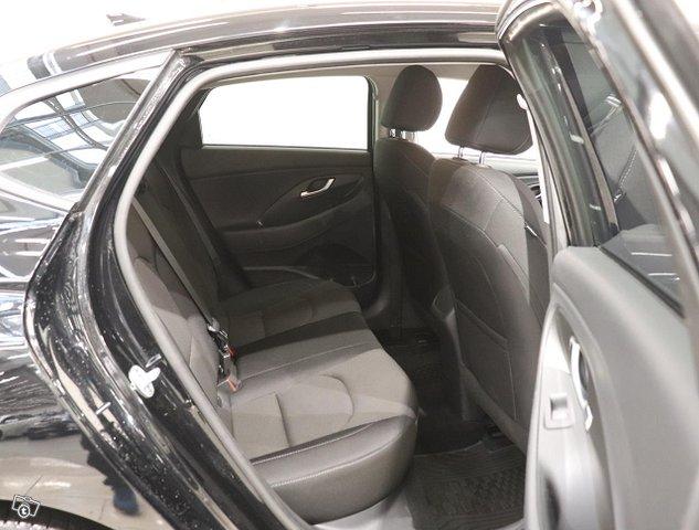 Hyundai I30 Fastback 8