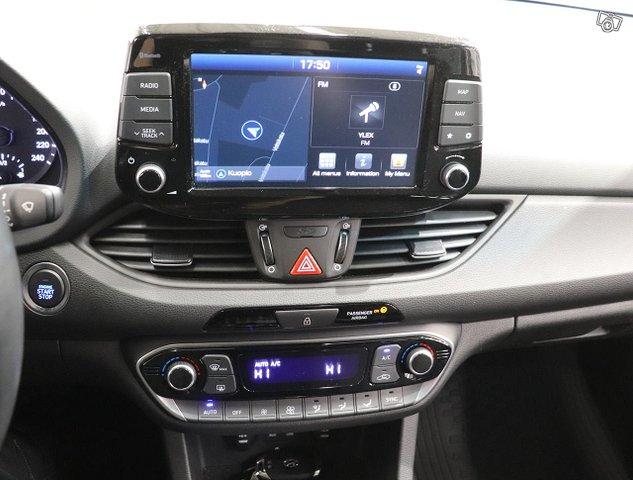 Hyundai I30 Fastback 12