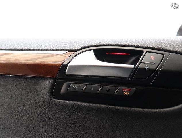 Audi Q7 15