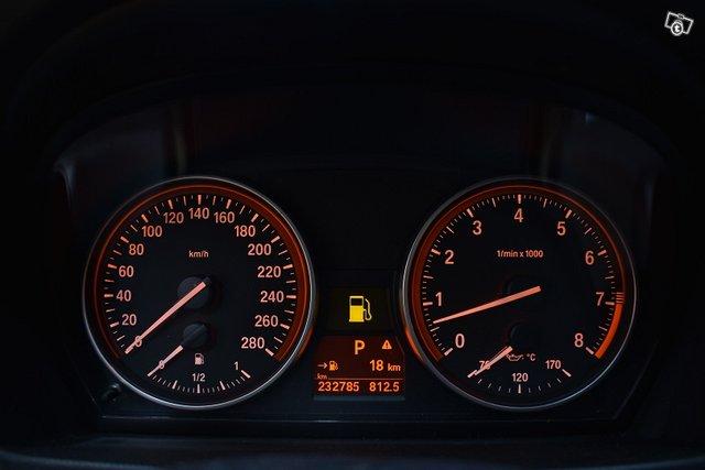 BMW 335 16