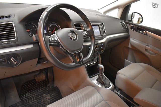 Volkswagen Sharan 13