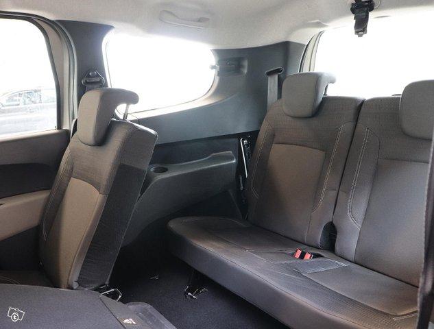 Dacia Lodgy 9