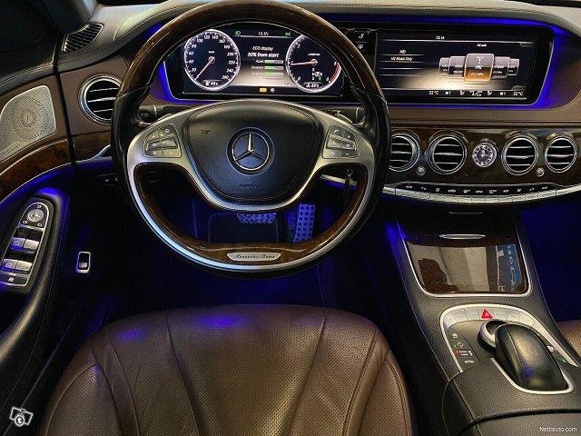 Mercedes-Benz S 11