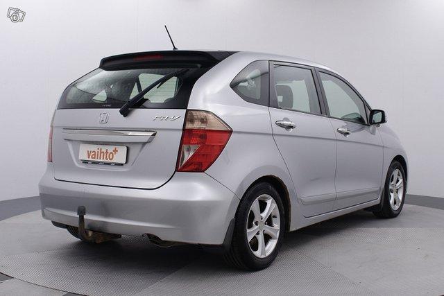 Honda FR-V 8