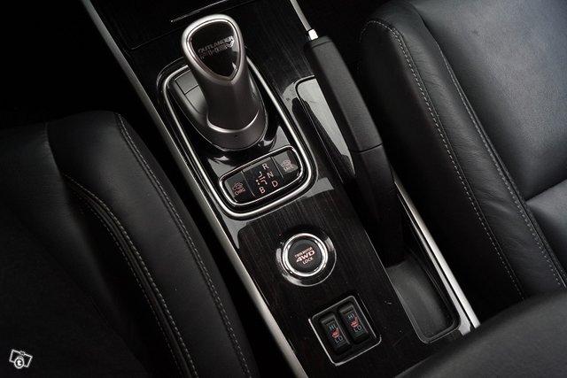 Mitsubishi Outlander PHEV 20
