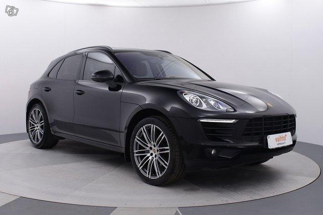 Porsche MACAN 7