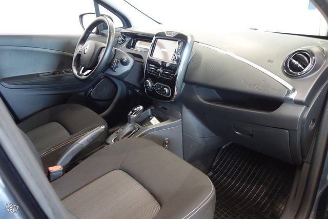 Renault ZOE 9