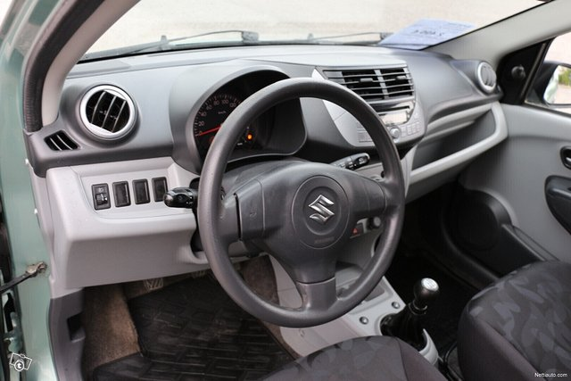 Suzuki Alto 6