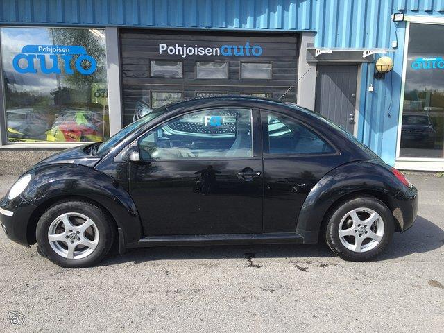 Volkswagen New Beetle 2
