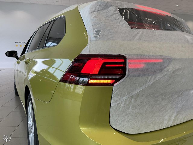 Volkswagen Golf 10
