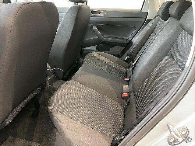 Volkswagen Polo 10