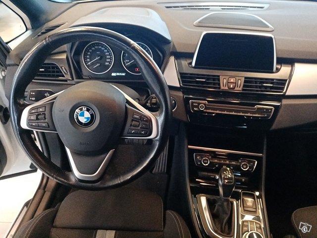BMW 225xe IPerformance 5