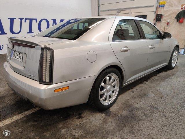 Cadillac STS 3
