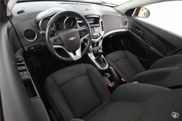 Chevrolet Cruze 7
