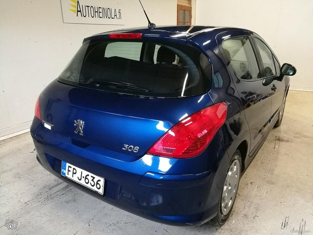 Peugeot 308 4