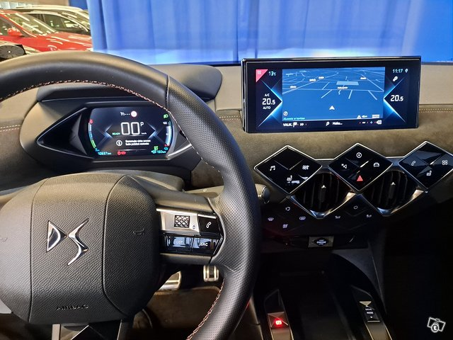 DS 3 Crossback 10