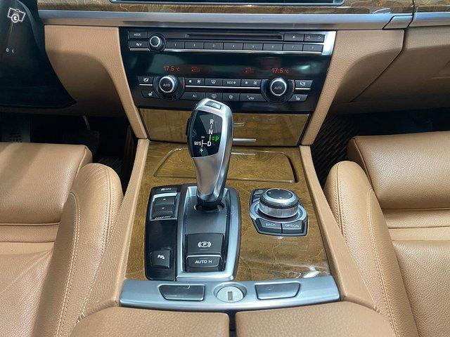 BMW 730 19