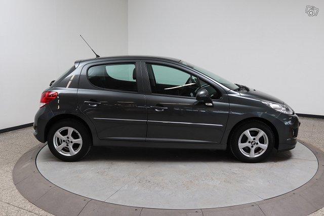 Peugeot 207 4