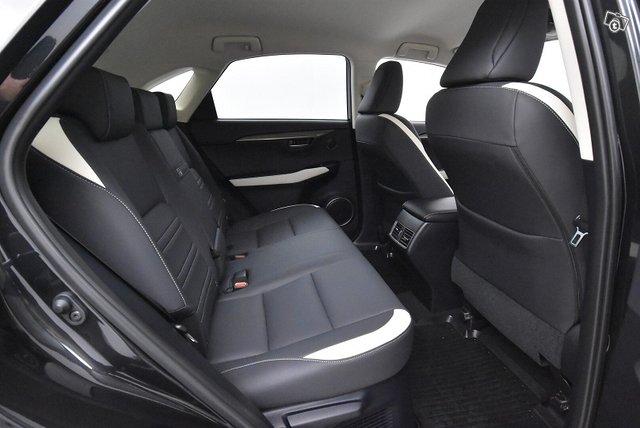 Lexus NX 9