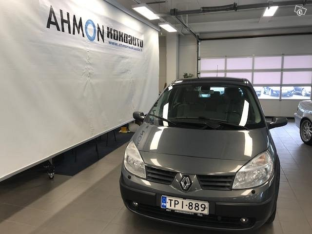 Renault Grand Scenic 7