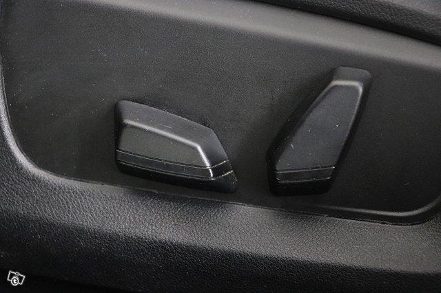 BMW 530 Gran Turismo 13