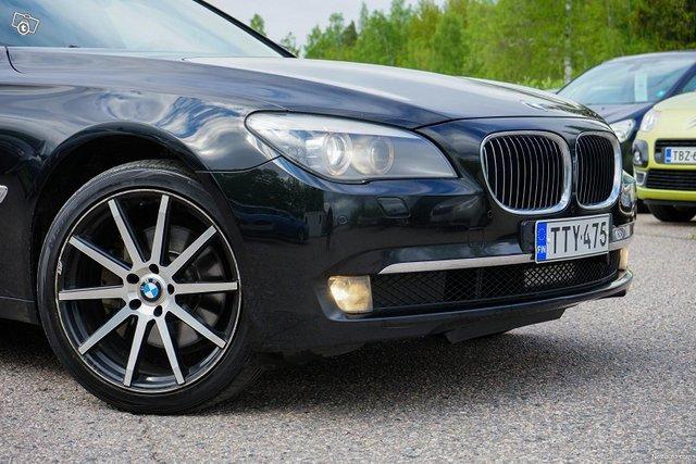 BMW 730 2
