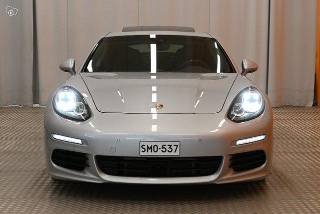 Porsche Panamera 3