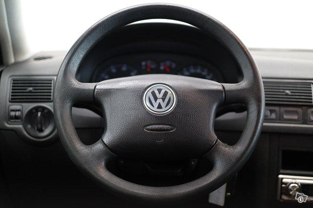 Volkswagen Golf Variant 16