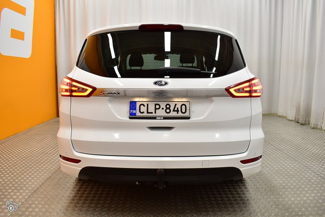 Ford S-Max 4