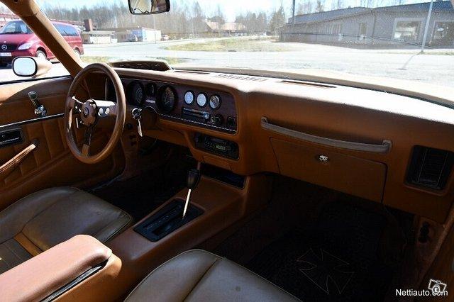 Pontiac Firebird 13