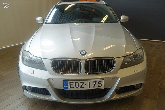 BMW 335 2