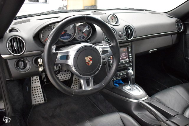 Porsche Cayman 7