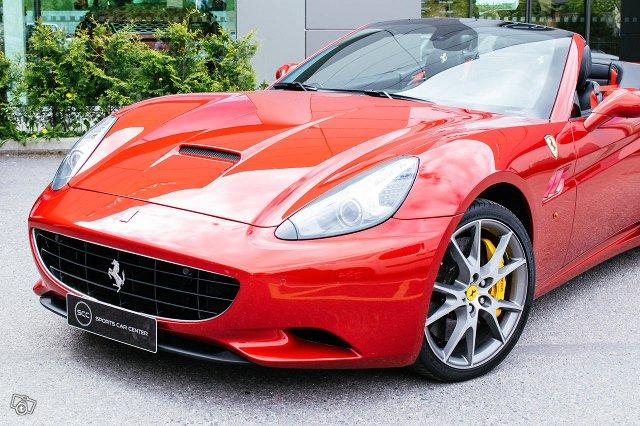Ferrari California 6