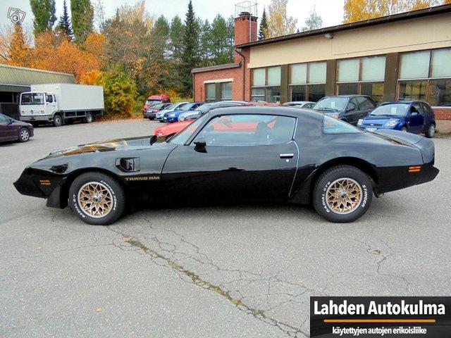 Pontiac Firebird 5