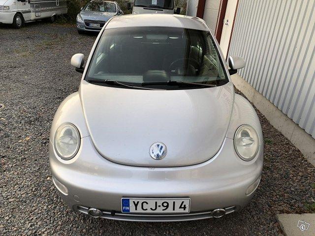 Volkswagen New Beetle 9