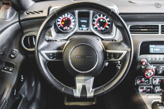 Chevrolet Camaro 21