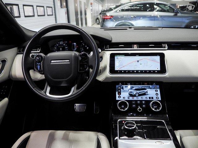 Land Rover Range Rover Velar 5