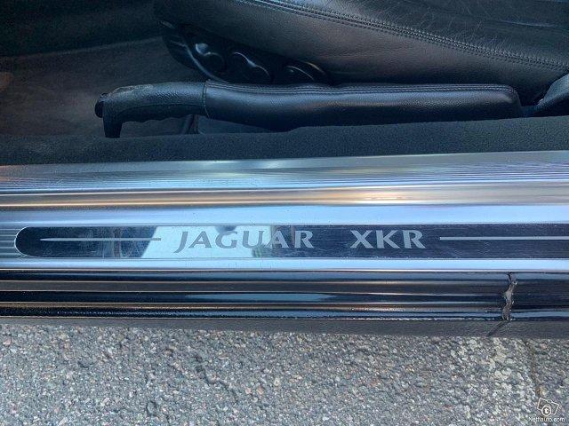 Jaguar XKR 18