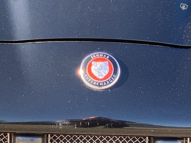 Jaguar XKR 19