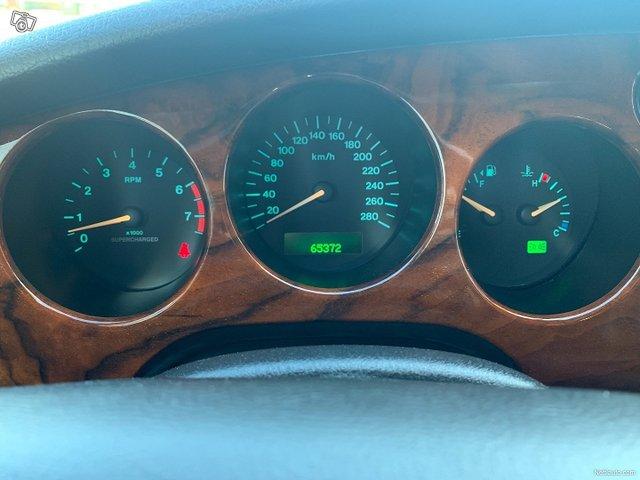 Jaguar XKR 20