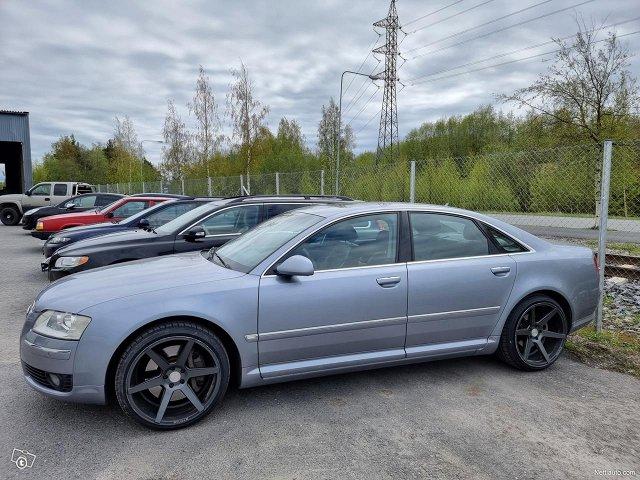 Audi A8 1