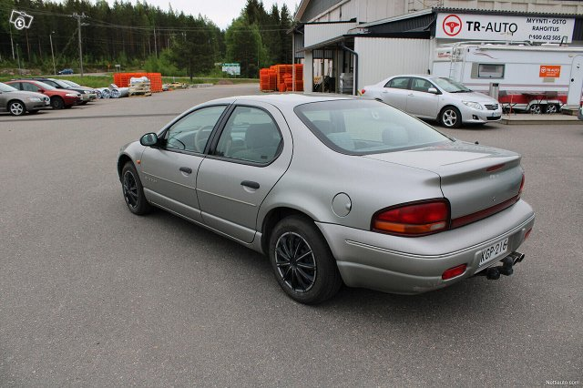 Chrysler Stratus 7