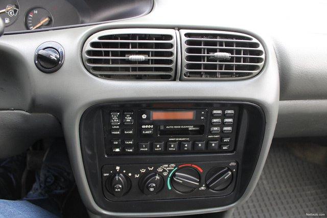 Chrysler Stratus 13