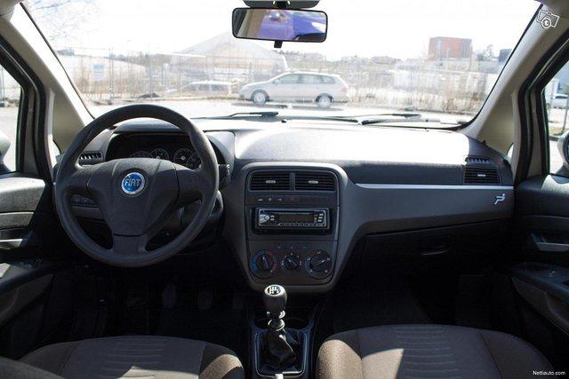Fiat Grande Punto 7