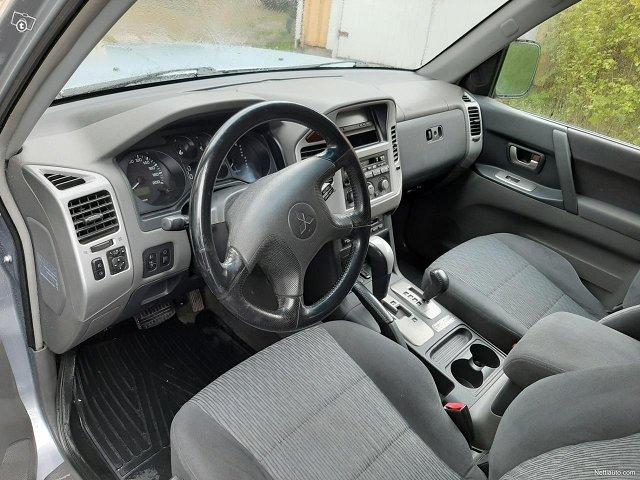 Mitsubishi Pajero 15