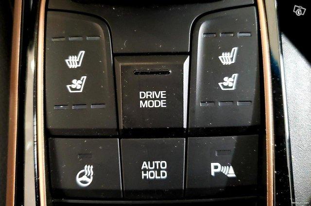Hyundai Ioniq Electric 21